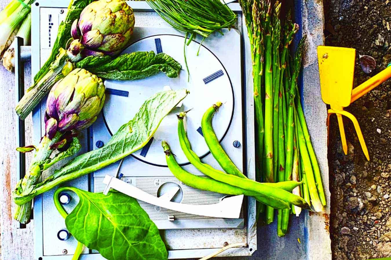 Le stagioni in tavola: Primavera. Frutta, ortaggi di stagione.