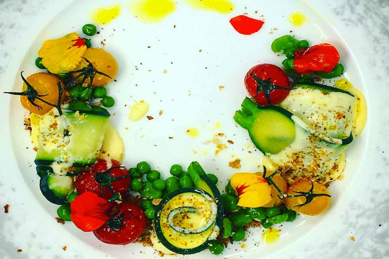 Mezza Luna di verdurine croccanti e fonduta di Brie